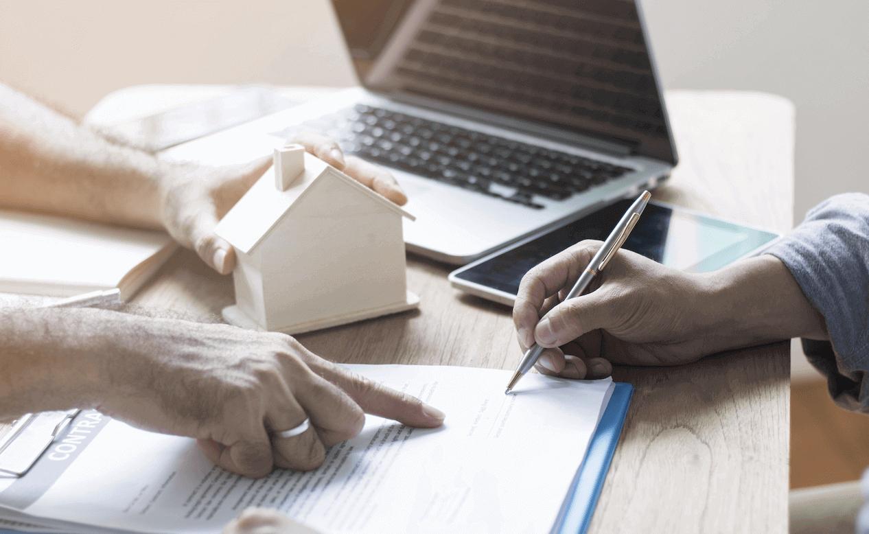 Secret Confessions of an Estate Agent